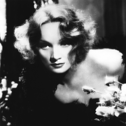 Marlene Dietrich image and pictorial