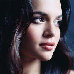 Download or print Norah Jones It's A Wonderful Time For Love Digital Sheet Music Notes and Chords - Printable PDF Score